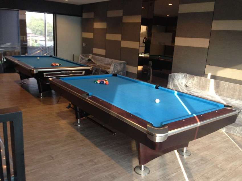 Good Pool Table 8ft – 9ft with real slate