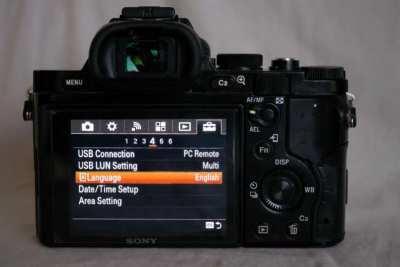 Sony A7R 36.4MP WiFi NFC Black body in box