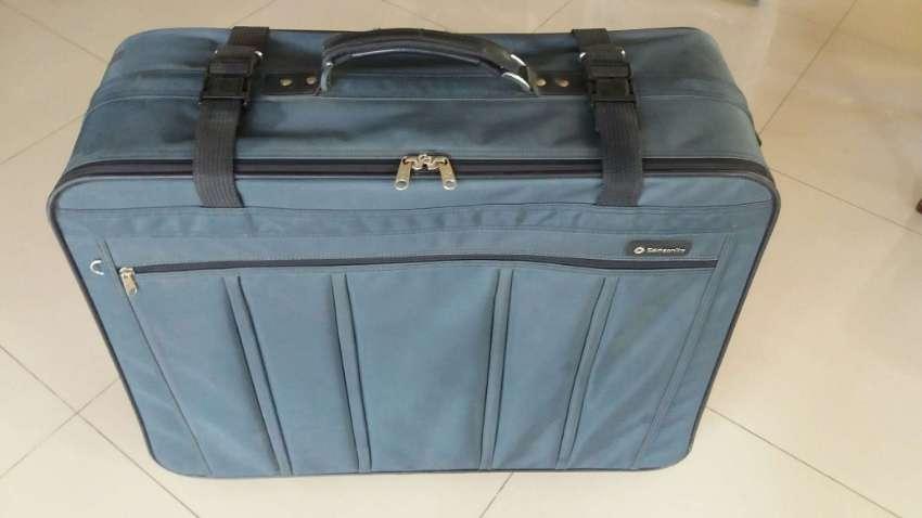 NEW YEAR SALE! Samsonite Softside Luggage 4 Spinner Wheels-Garment Bag