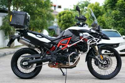 BMW F800GS 2015 only 13,4xx km with K2 top box! In superb condition!