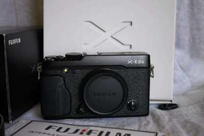 Fujifilm Fuji X-E2s Camera Black Wi-Fi Body in box