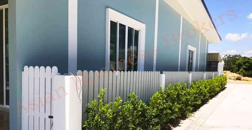5007034 Single Storey Commercial Building on a Main Road in Hua Hin