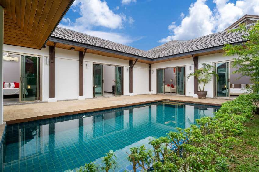 Renov. 4 bedroom villa in secure estate in 2km from Nai Harn beach