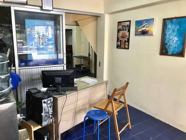 Commercial shop/house/office for  RENT