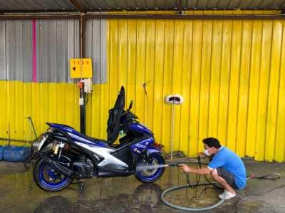 Yamaha Aerox 155cc (upgraded suspension)