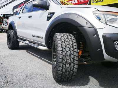 MUST SEE !! Wildtrak3.2(4WD) Low kms