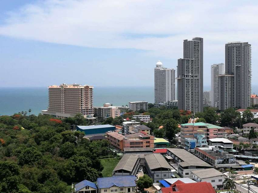 Hot Offer for a 1 Bedroom Sea View Apartment in AD Wongamat
