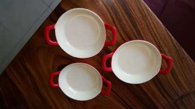 Kuhn Rikon Stoneware (Swiss brand) set of 3 Tapas Dishes.