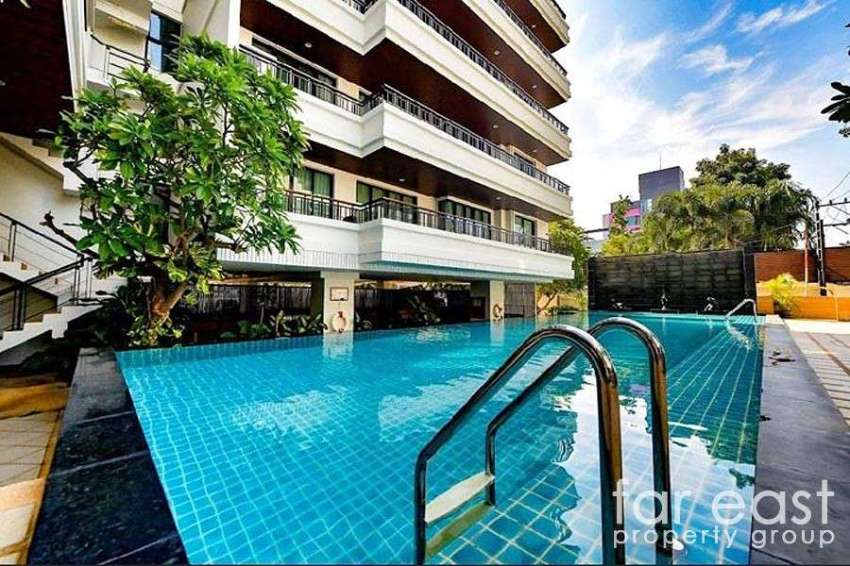 Prime Suites Two Bedroom in Central Pattaya For Sale