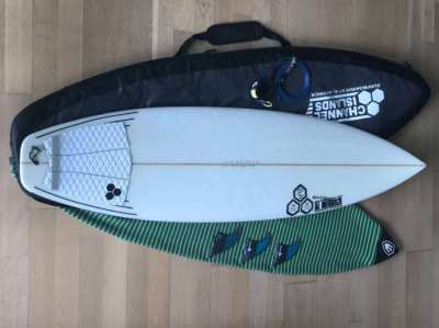 Surfboard, Fins, Leash, Sock & Bag - Channel Islands Black & White 6'0