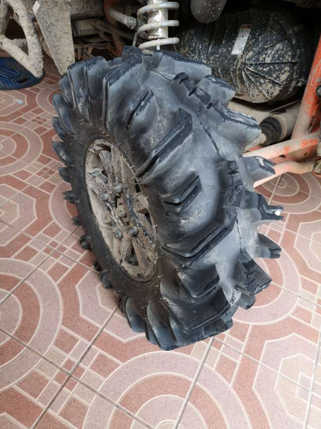 Offroad tires 29.5x10-14