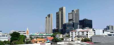 Condo near by BTS Punnawithi just 300m walk