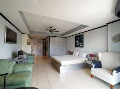 Studio for rent in View talay condo 2