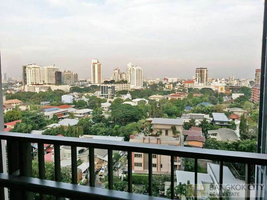 Quattro by Sansiri Ultra Luxury Condo Great View 1 Bedroom Flat Rent