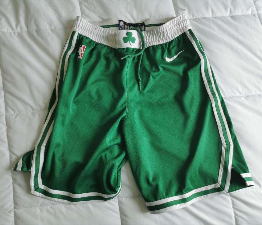 Nike Boston Celtics swingman shorts size M
