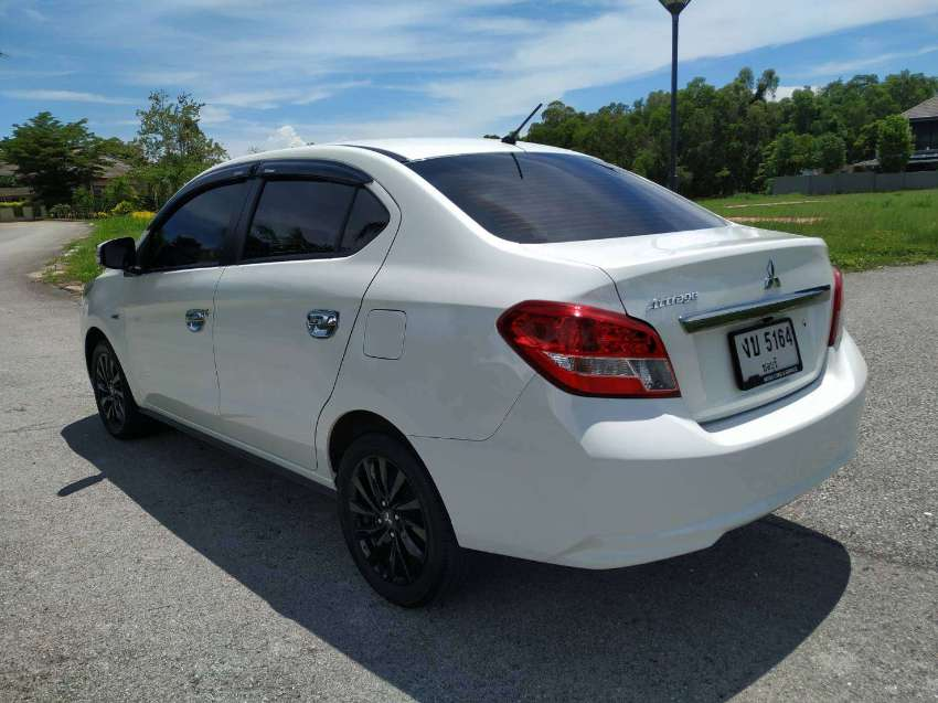 Good as new Mitsubishi Attrage 1.2GLS Limited 2019 Top model