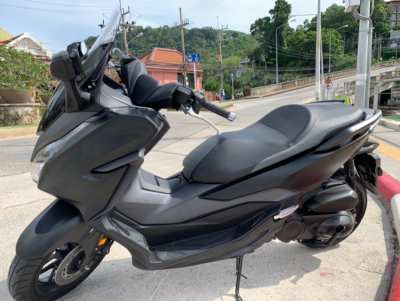 Honda forza 2020