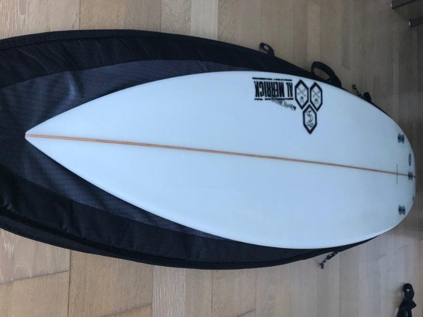 Surfboard, Fins, Leash, Sock & Bag - Channel Islands Black & White 6'0