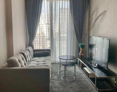 The Edge condo Sukhumvit23 access to BTS Asok 1 bed 31sqm on 6th floor