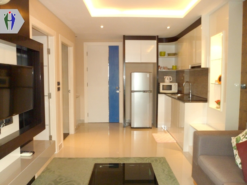 Condo for Rent South Pattaya, 8 floors, nice view. Wish washing machin