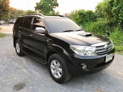 ขายรถยนต์ Toyota Fortuner 3.0 V ปี 2010