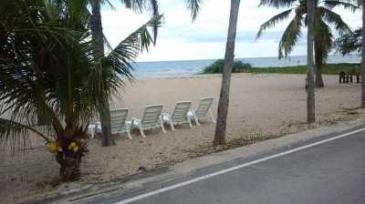 Sea view condo few steps from the beach @ Cha am beach palace.