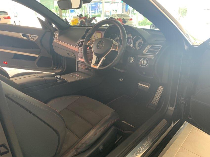 Mercedes Benz E250 AMG Plus Convertible