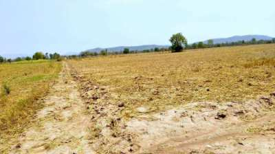 30 Rai Land for sales in Karnjanaburi with only 4M !!