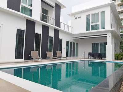 Palm Oasis Pool Villa-5 Bedrooms house for sale in Jomtien  For Sales