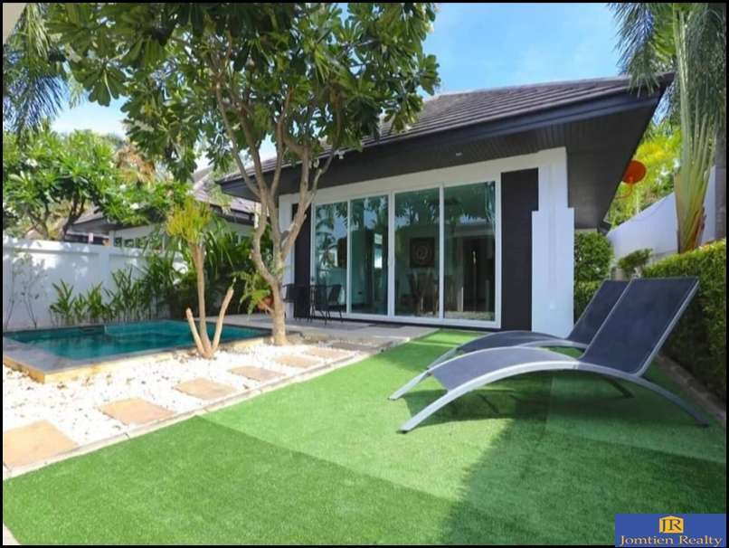 Pool Villas 2 Bed - 2 Bath for Sale at Palm Oasis Jomtien