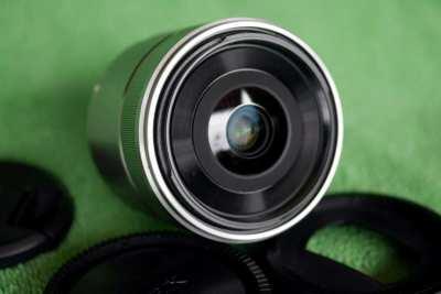 Sony 30mm f/3.5 Macro Prime Fix Lens in Box Sony E mount