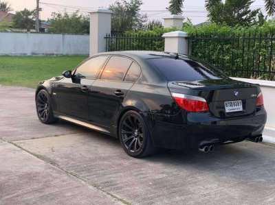 BMW M5 E60 2006 - AT, 5L V10 - 507bhp