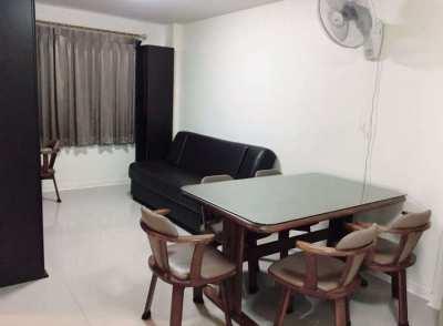LPN Bodin Ramkamhang TowerE FL2 Family Room near Makro 35sqm 9000THB/m
