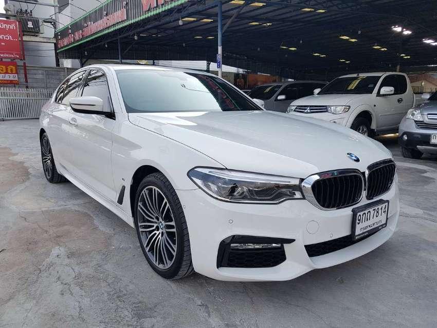 2019 BMW 530e 2.0AT G30 M Sport Plug in Hybrid White color