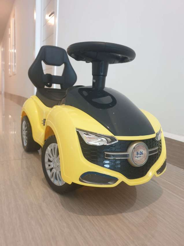 Baby car with music and horn