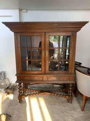Antique Indonesian display cabinet (teak wood)
