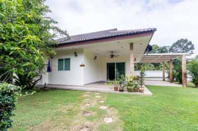 Fully furnished House for sale in Laem Mae Phim