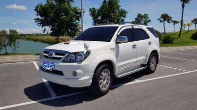 Toyota fortuner White 3,0 TRD only 130k original km full servicehistor