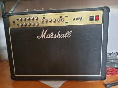 Marshall JVM 210C Guitar amplifier