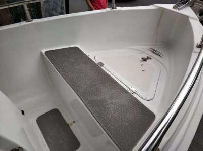 Fiberglass Boat with Yamaha Engine and A Trailer