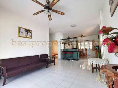 House in Bangsaray 5-minute drive to the Beach