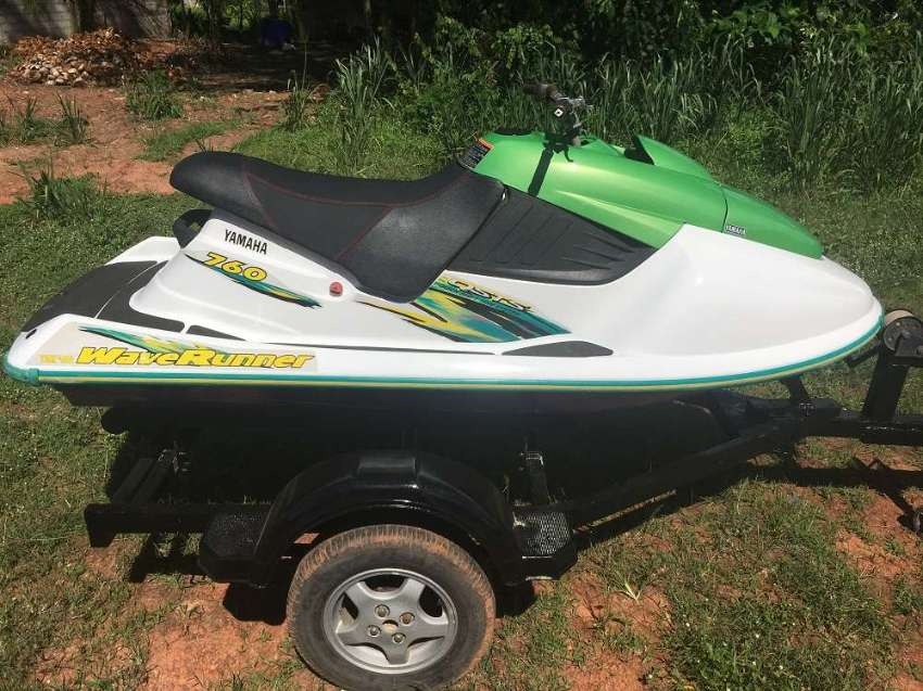 JETSKI YAMAHA WAVE RUNNER 760 with trailer
