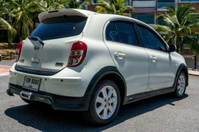 Nissan March 2012 TOP version