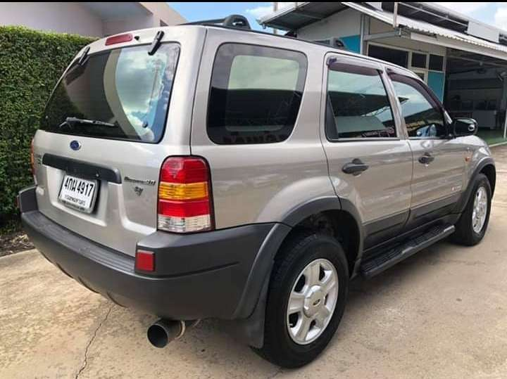 Excellent Ford Escape 3000cc V6
