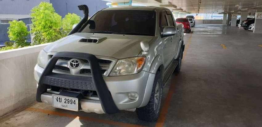 Toyota Vigo 4x4 gear auto 4doors