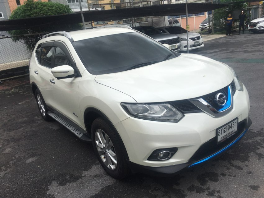 Nissan X Trail Hybrid SUV  4x4  For rent or Sale