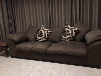 Comfortable 3 seater sofa
