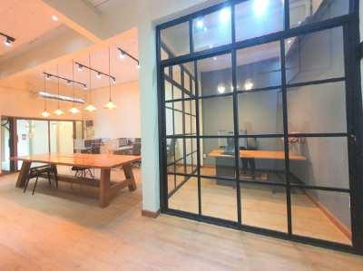 ขาย Home Office สไตล์โมเดิร์นลอฟท์ บิ้วใหม่หมด ซอยรามคำแหง 30/1 เพียง