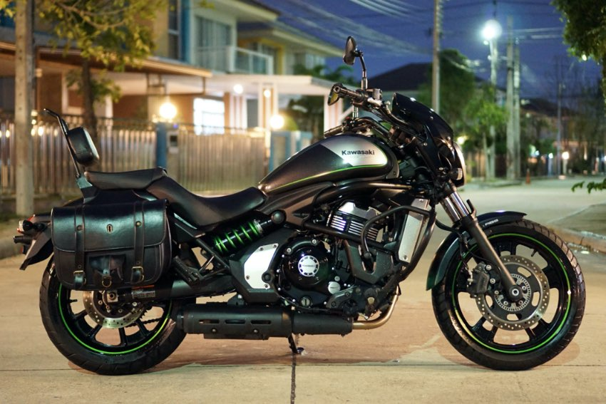 Kawasaki Vulcan S 650 2016 with leather bags pillion back rest!