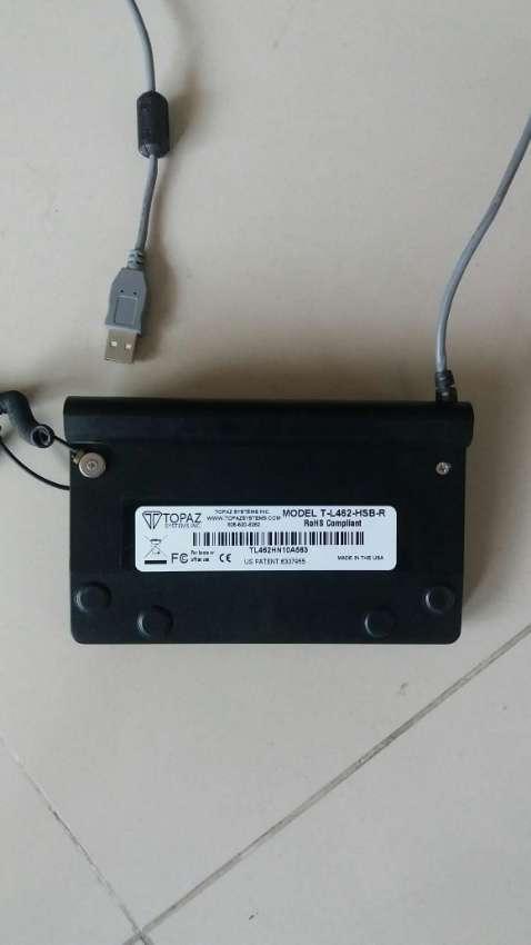 Topaz SignatureGem Backlit LCD Signature Capture Pad USB